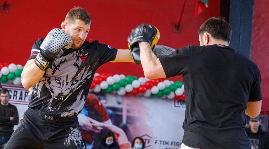 Ульяновский боец MMA Владимир Минеев бросает вызов мошенникам!